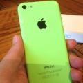 「iPhone 5c」グリーンを入手!惚れ惚れするツヤッツヤボディをお披露目!