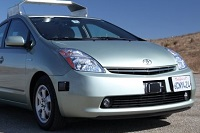 Googleが自動運転車を開発中?無人で走るロボタクシー実現か!