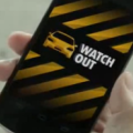 おい、気をつけろ!事故るぞ!スマホで車と人の両方に警告する、ホンダのすごい技術。
