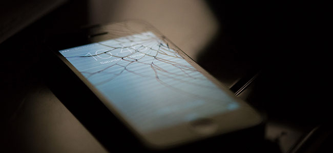 Appleが、iPhoneが落下した際に回転して本体へのダメージを最小限にする特許を取得