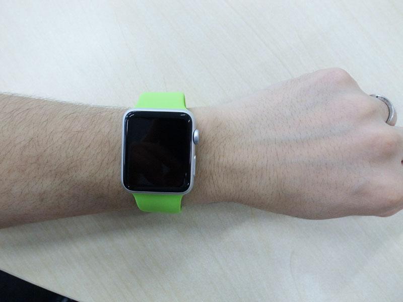 apple watch sport green (1)
