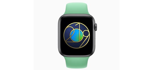 Apple Watchのアクティビティで本日限定の「アースデイチャレンジ」が開始。30分のワークアウトで限定バッジどiMessageステッカーをプレゼント