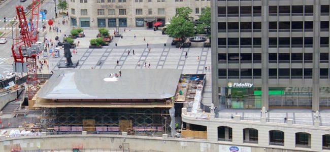 まるでミニチュア。シカゴに建設中の新しいApple Storeの屋根がどうみてもMacBook