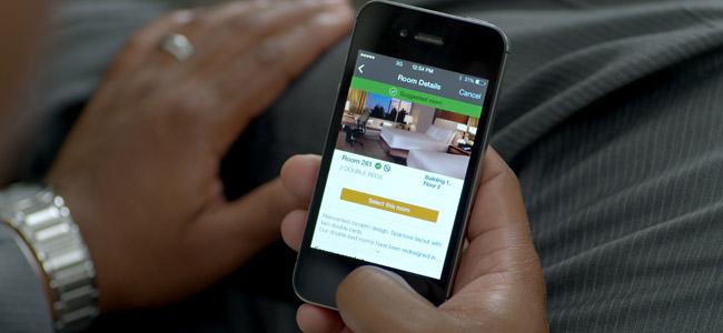 アプリで部屋を選べて、なんとiPhoneがルームキーになる!ヒルトンホテルの新サービスがすごすぎる件