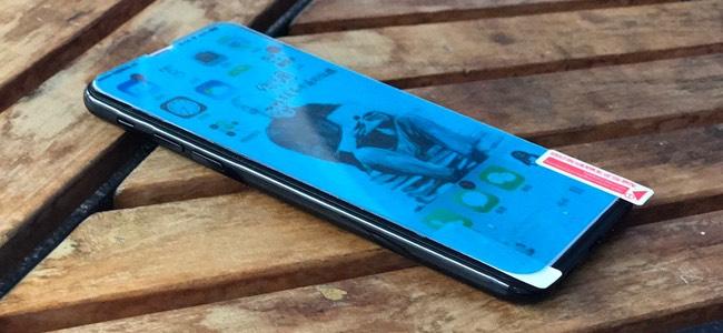 iPhone 8のものとされる保護フィルムの画像が登場