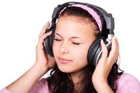 Appleのインターネットラジオ・サービスに遅れ:提供開始は今夏以降?