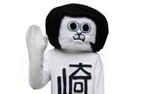 なんか怖いぞ…:愛知県岡崎市の非公式キャラ「オカザえもん」がiPhoneケースに