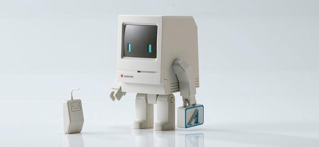 立った!Macが立った!Macintosh Classicを思わせるミニフィギュア「Classicbot Clasic」が登場