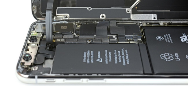 AppleがiPhoneのバッテリー劣化に伴いパフォーマンスを意図的に落としてい件で謝罪。バッテリー交換代の値下げやバッテリーの状態をチェックしやすい機能の追加も